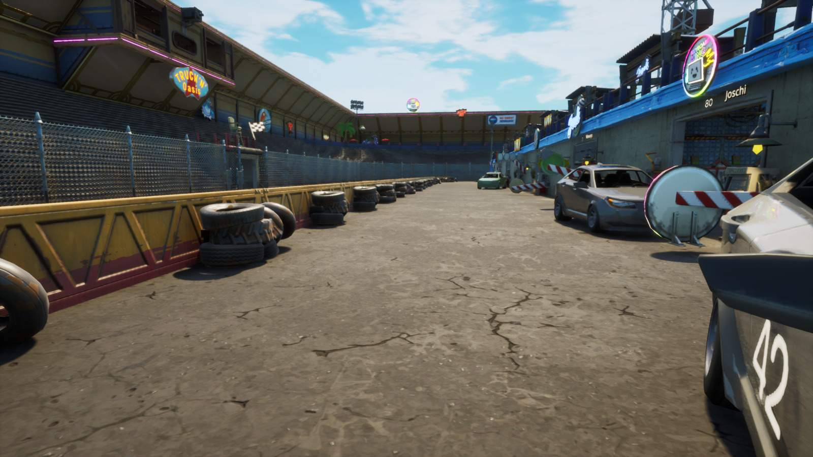 MOTOR SPEEDWAY HIDE AND SEEK